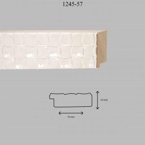 Moldura Grabada de Perfil 1245, en acabado BLANCO. Tamaño de la moldura 75mm x 23mm.