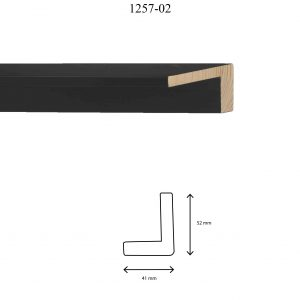 Moldura Lisa de Perfil 1257, en acabado NEGRO. Tamaño de la moldura 41mm x 52mm.