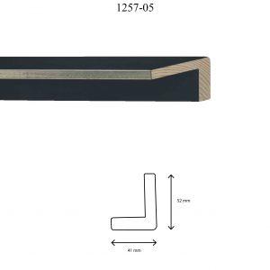 Moldura Lisa de Perfil 1257, en acabado PLATA NEGRO. Tamaño de la moldura 41mm x 52mm.